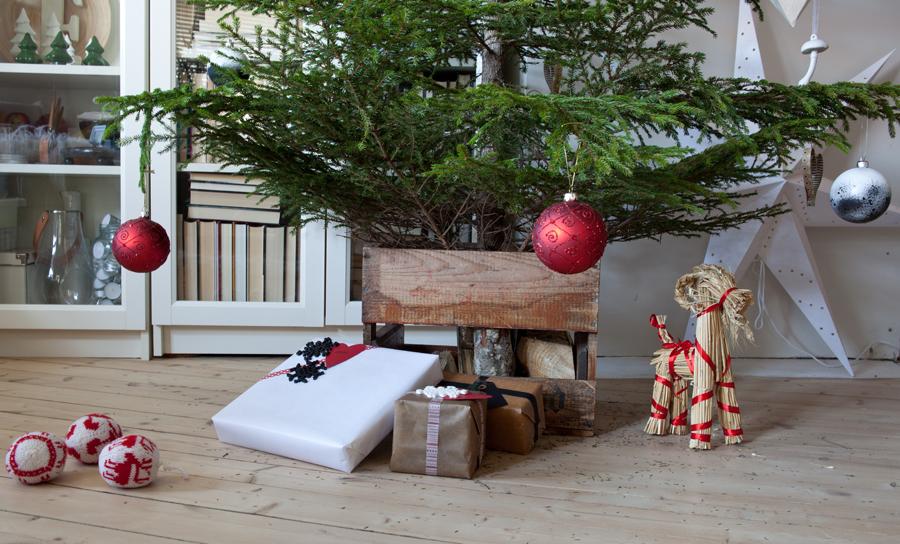 bruk trekasse som juletrefot