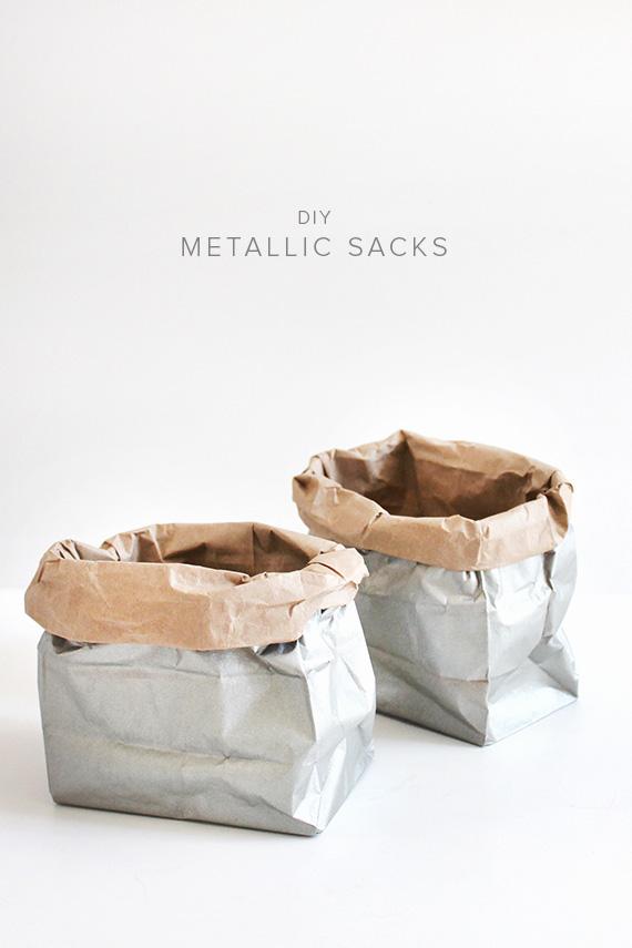 DIY_metallic-sacks