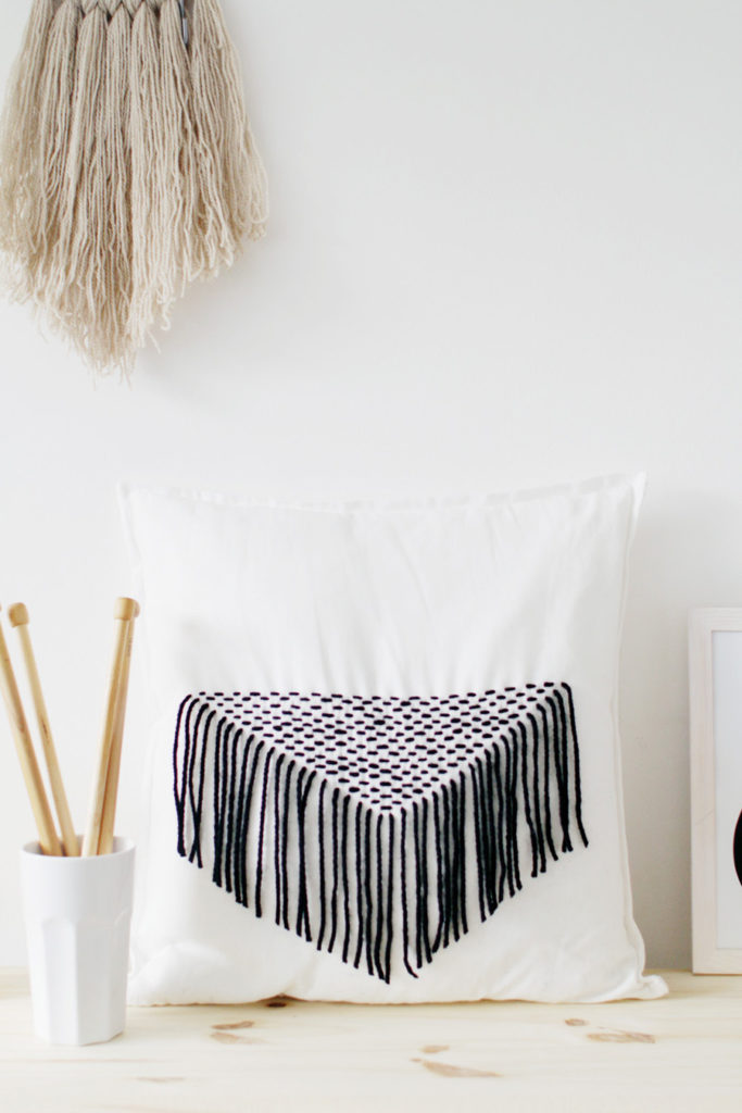 DIY-Stitched-Tassel-Pillow-Tutorial
