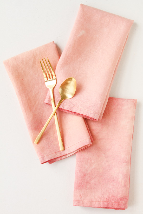 diy-pastel-pink-textiles-with-gold-utensils