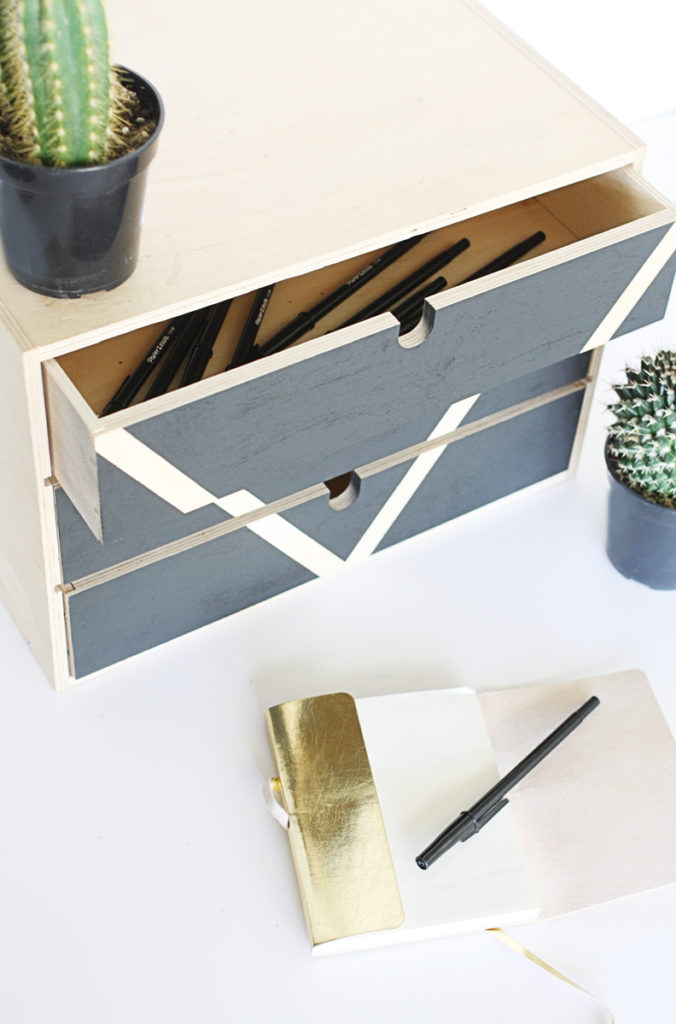 diy_spraypainted_ikea_organizer