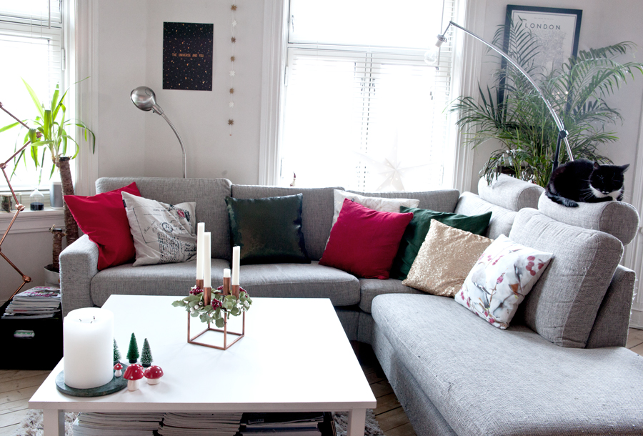 sofa med juleputer