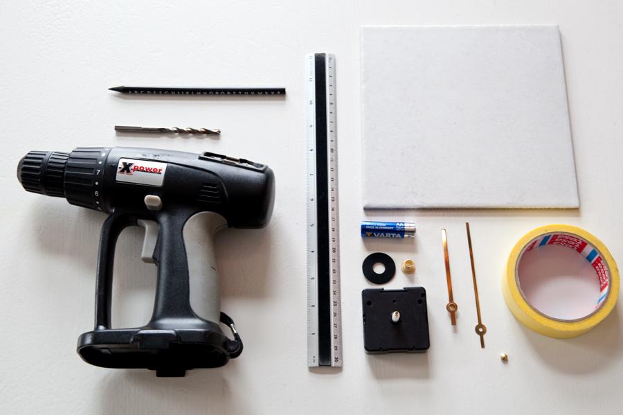 DIY klokke av flis utstyr