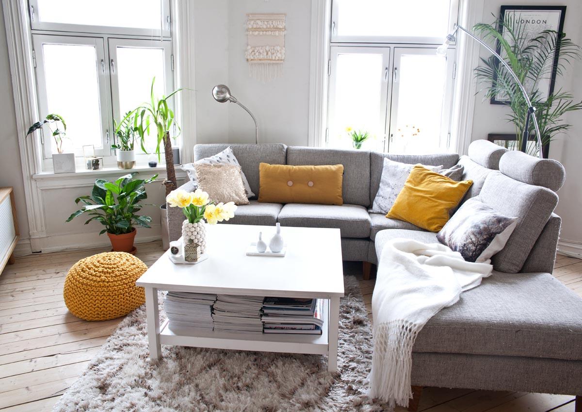 ... interiøret endres hele tida? Vår stue akkurat nå. — KREATIV-I-TET