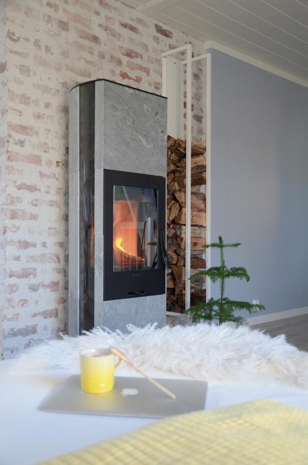 Norske hus blir gråere - hvilket bilde foretrekker du?