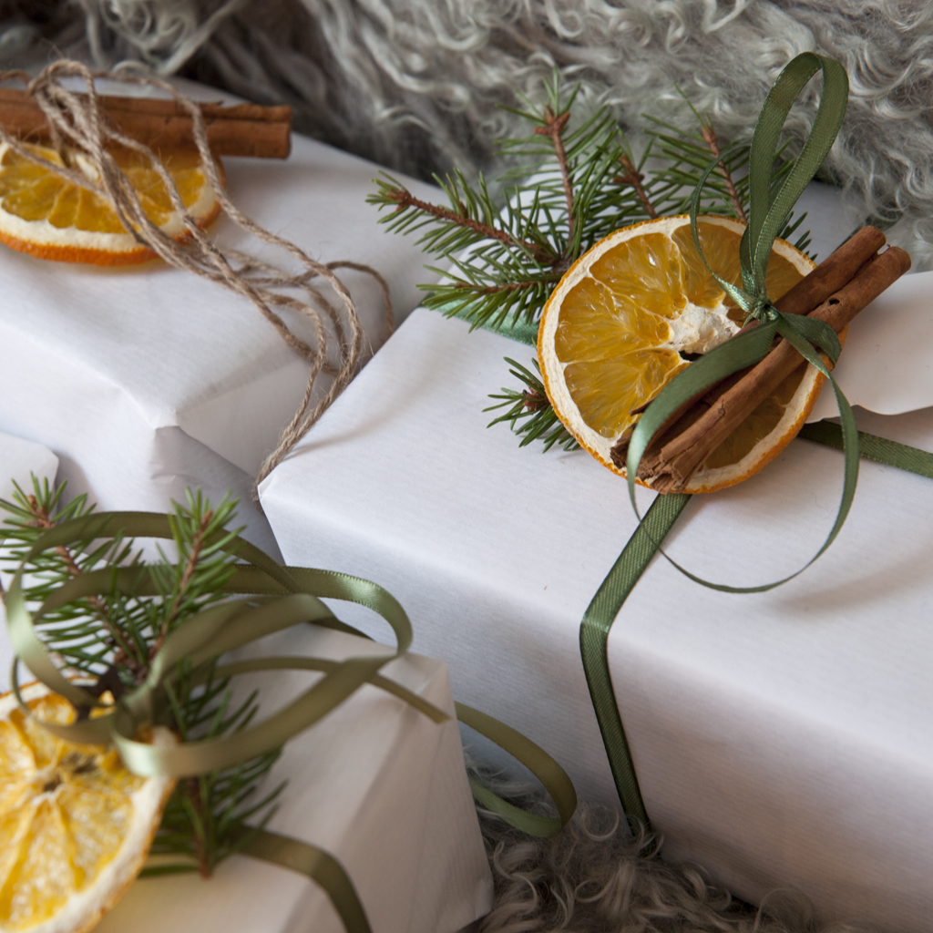julegaveinnpakking naturlig pynt