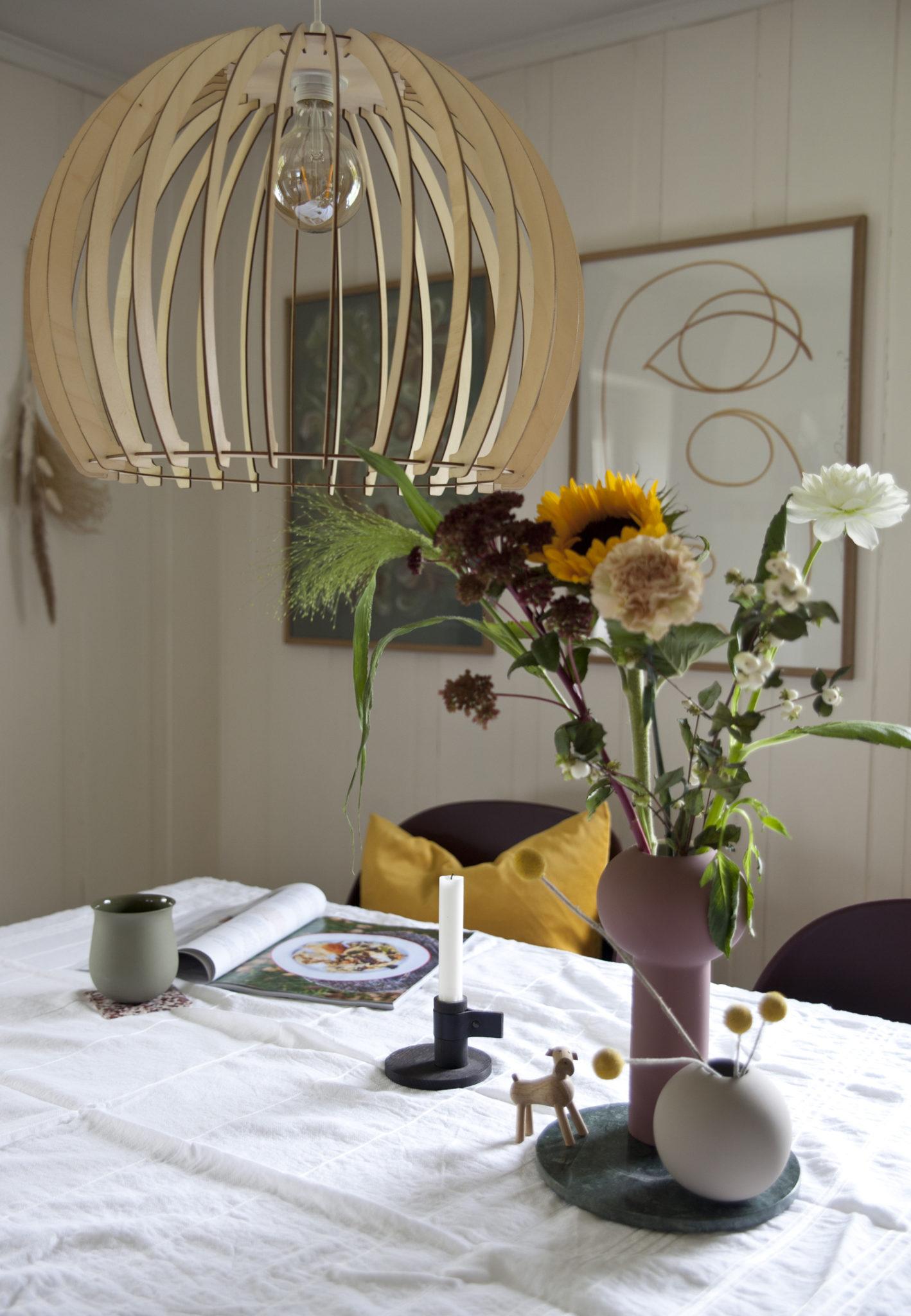 blomsterbukett spisebord stue